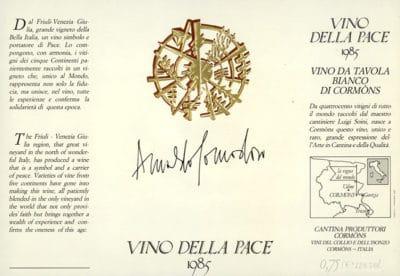 etichetta d'autore di Arnaldo Pomodoro realizzata per l'azienda Produttori di Cormons
