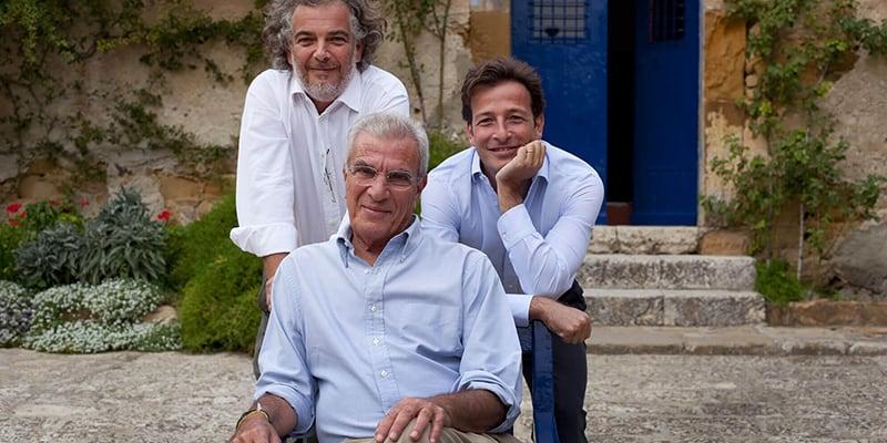 foto con i tre proprietari di Tasca d'Almerita